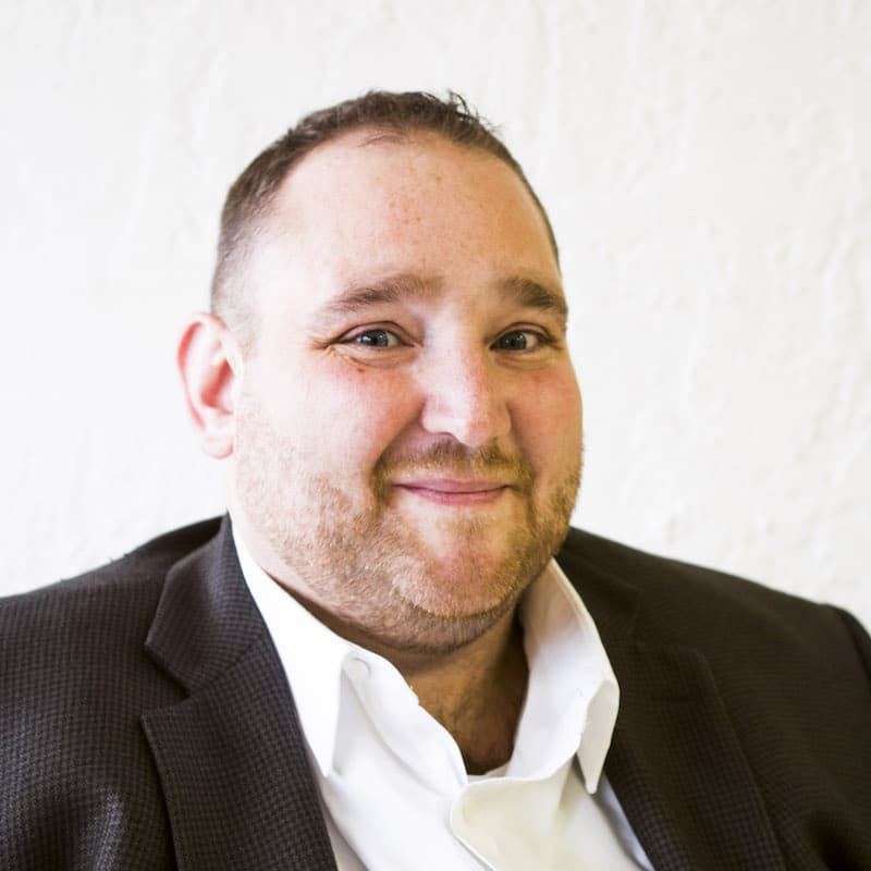 Jay Kromjong, E.A. : Staff Accountant